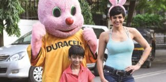 image-press-release-Featured-Mandira Bedi-with-son-Vir-practicing-for-2nd Durathon-Mediabrief-1