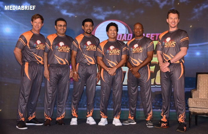 image- Jonty Rhodes - Virender Sehwag - Tillakaratne Dilshan - Sachin Tendulkar - Brian Lara and Brett Lee - World Road Safety T20 Series - MediaBrief
