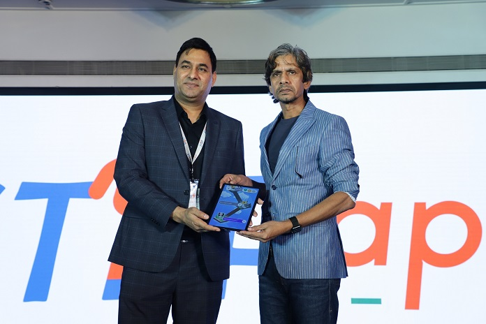 Praveen Tyagi of STEPapp with Vijay Raaz