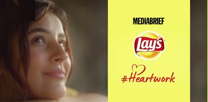 Image-Shehnaaz-Gill-celebrates-unsung-heroes-with-her-rendition-of-LAY'S-Heartwork-initiative-MediaBrief.jpg